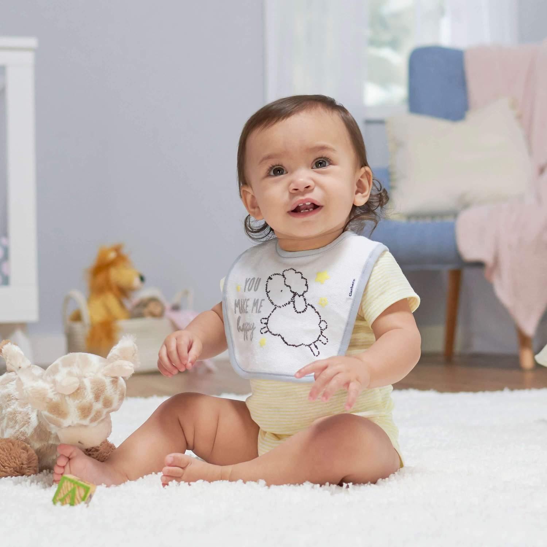 در حین خرید لباس نوزاد کیفیت را فدای قیمت آن نکنید.