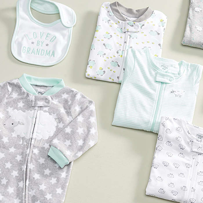 با انتخاب لباس ساده ایمنی نوزادان را افزایش دهید.